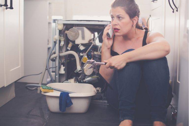 Good Reasons to Call an Emergency Plumber in London